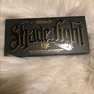 Other - Kat Von D Shade Light